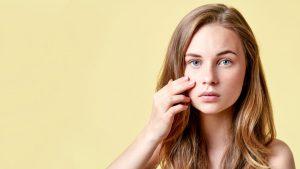 Com afecta l'acne a la teva vida?