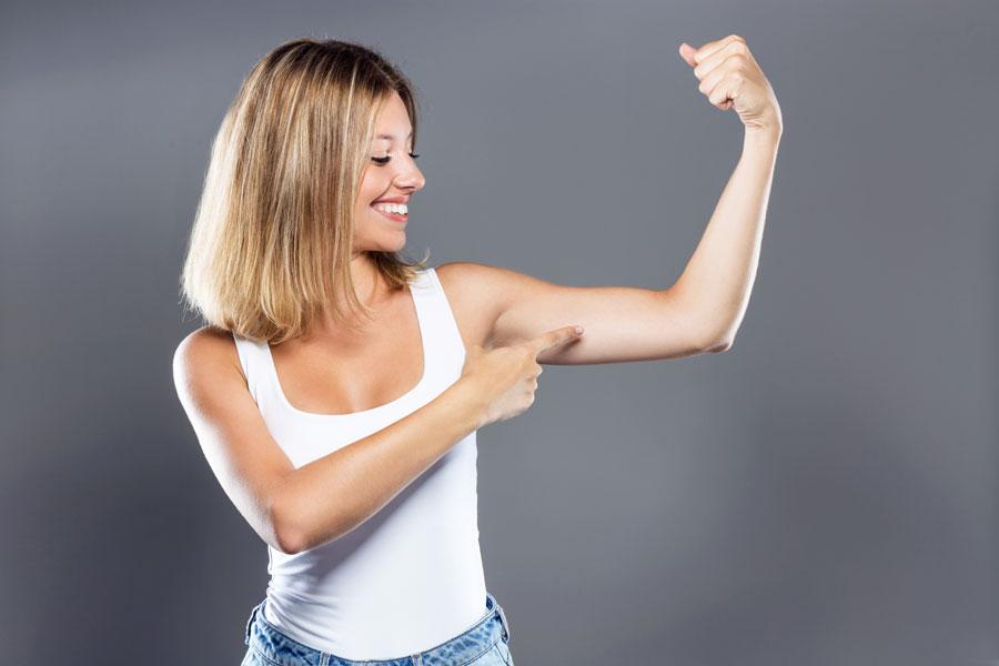 Llueix braços gràcies a la braquioplàstia